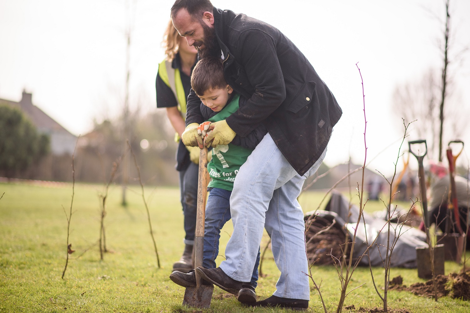Tree planting (credit Trees for Cities)